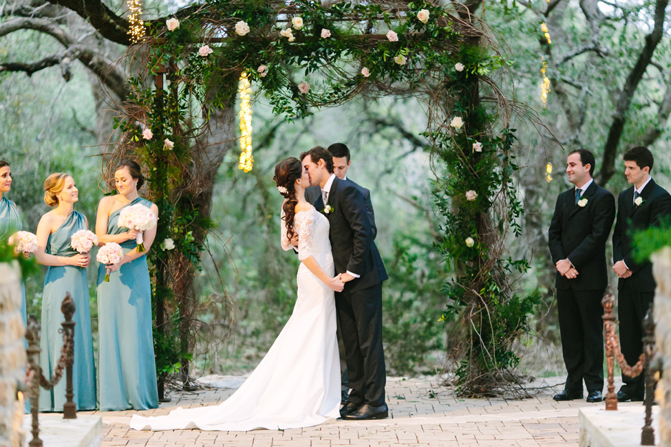 Romantic Sacred Oaks at Camp Lucy Texas Wedding Under Lush Oak Trees | Photograph by Al Gawlik Photography  http://storyboardwedding.com/sacred-oaks-at-camp-lucy-texas-wedding/