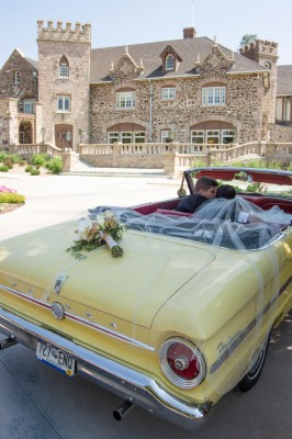 Old Hollywood Estate Wedding At Colorado's Highlands Ranch Mansion | Photograph by Jessi Dalton Photography  http://storyboardwedding.com/old-hollywood-estate-wedding-colorado-highlands-ranch-mansion/