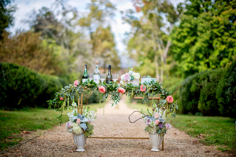 Duo of Chic Bridal Looks At Historic Berkeley Plantation Wedding | Photograph by Bob Schnell Photography  http://storyboardwedding.com/chic-bridal-looks-historic-berkeley-plantation-wedding/