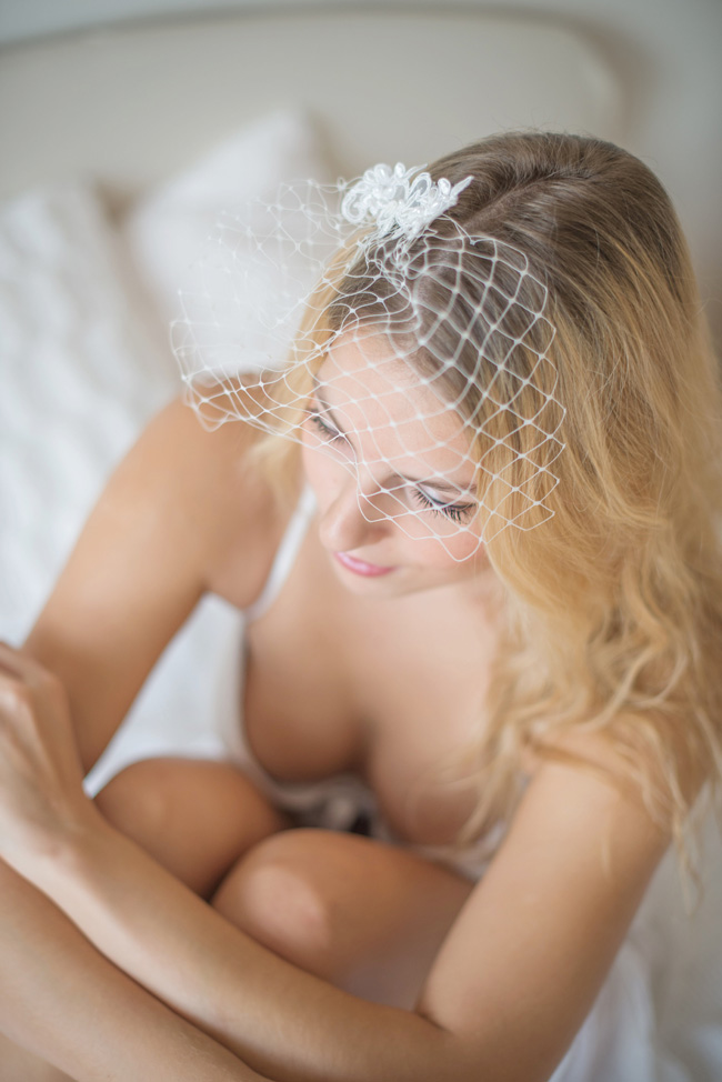 Getting Ready Bridal Boudoir Infused With Delicate Details | Photograph by Baru La Photo  http://storyboardwedding.com/getting-ready-bridal-boudoir-delicate-details/