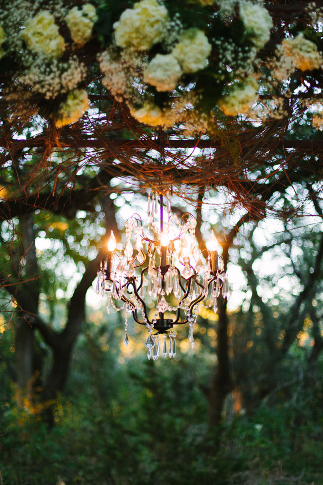 Twilight Metallic Glam Wedding At Sacred Oaks at Camp Lucy Texas | Photograph by Al Gawlik Photography  http://storyboardwedding.com/twilight-metallic-glam-wedding-sacred-oak-camp-lucy-texas/
