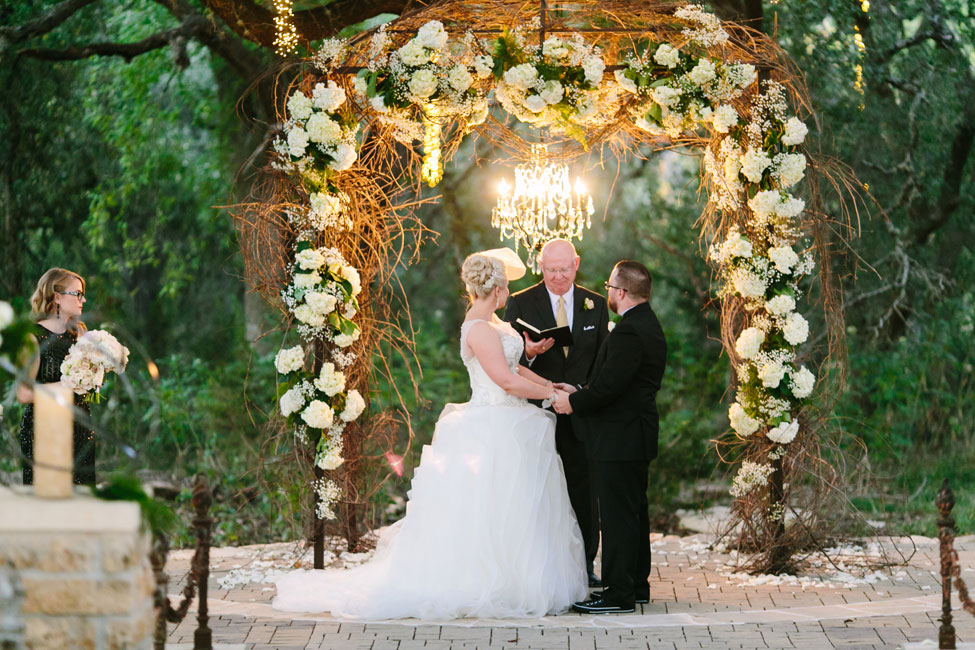 Twilight Metallic Glam Wedding At Sacred Oaks at Camp Lucy Texas | Photograph by Al Gawlik Photography  https://storyboardwedding.com/twilight-metallic-glam-wedding-sacred-oak-camp-lucy-texas/
