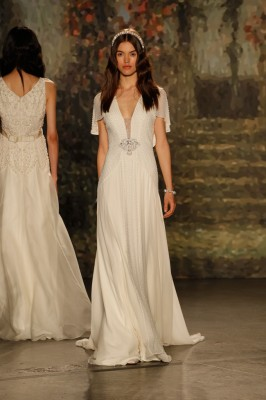 Jenny_Packham_2016_Wedding_Dress_12-lv
