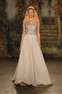 Jenny_Packham_2016_Wedding_Dress_16-lv