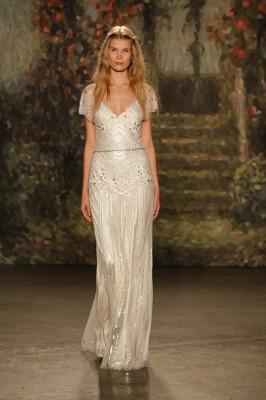 Jenny_Packham_2016_Wedding_Dress_5-lv