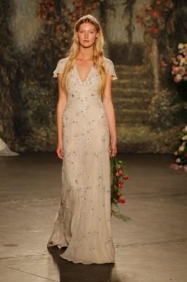 Jenny_Packham_2016_Wedding_Dress_6-lv