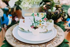 Modern_Country_Snow_White_Wedding_White_Rabbit_Photo_Boutique_19-h