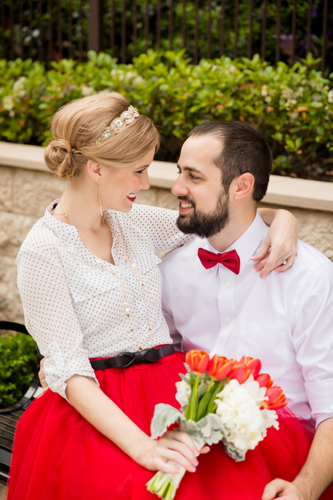 Sophistication With A Slight Retro Air Make For A Crush Worthy Texas Engagement | Photograph by Stacy Anderson Photography  http://storyboardwedding.com/sophistication-retro-texas-engagement/