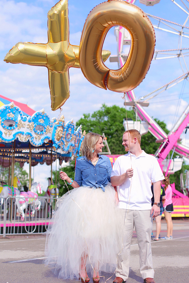 Country Spunk Filled Carnival Engagement Session | Photograph by Photography by Gema