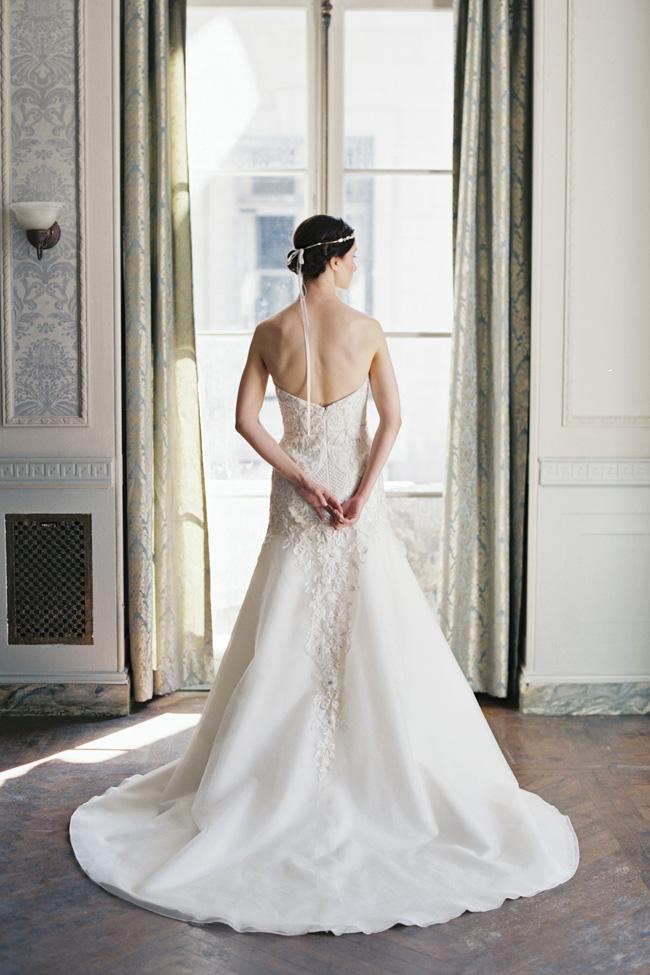 Enchanting Sareh Nouri Wedding Dress Spring 2016 Bridal Collection   Photograph by Laura Gordon Photography https://storyboardwedding.com/sareh-nouri-wedding-dress-spring-2016-bridal-collection/