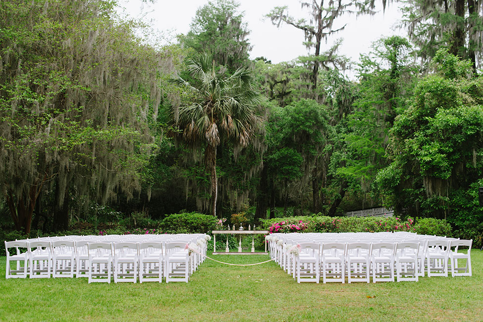 Beautiful Tented Charleston Wedding On The Grounds Of Magnolia Plantation  | Photograph by Shannon Noel Photography  See The Full Story At https://storyboardwedding.com/tented-charleston-wedding-magnolia-plantation/
