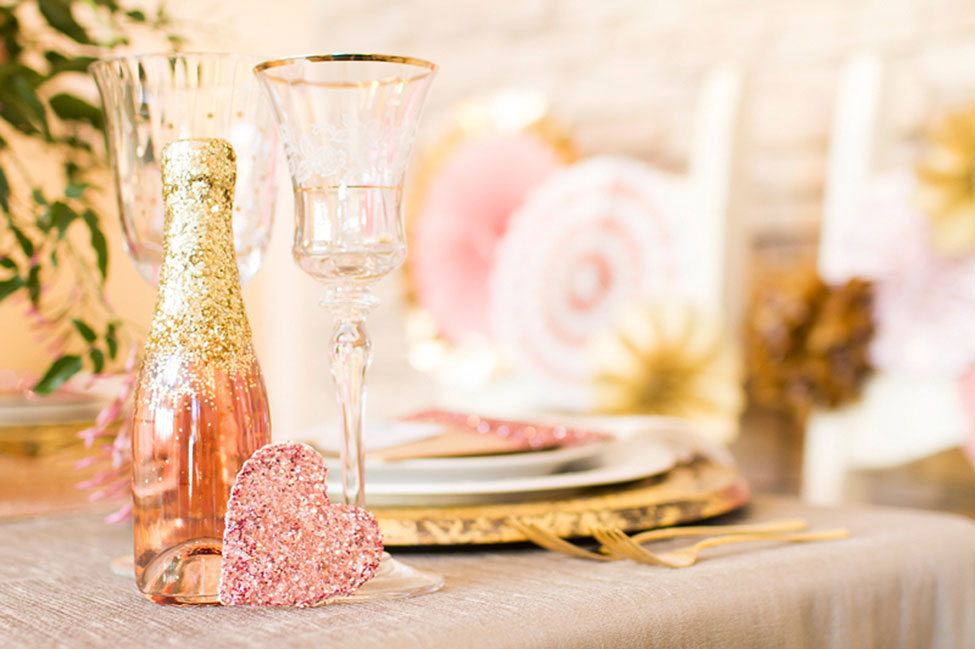 Gorgeously Styled Glamour Table Setting Infused With Metallic Goodness | Photograph by Angie Capri Photography  See The Full Story At http://storyboardwedding.com/styled-glamour-table-setting-metallic/
