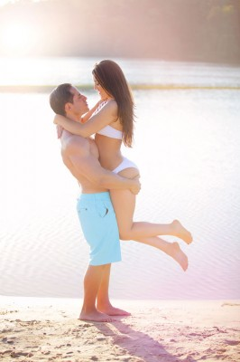 Beach_Engagement_Photography_by_Gema_8-v