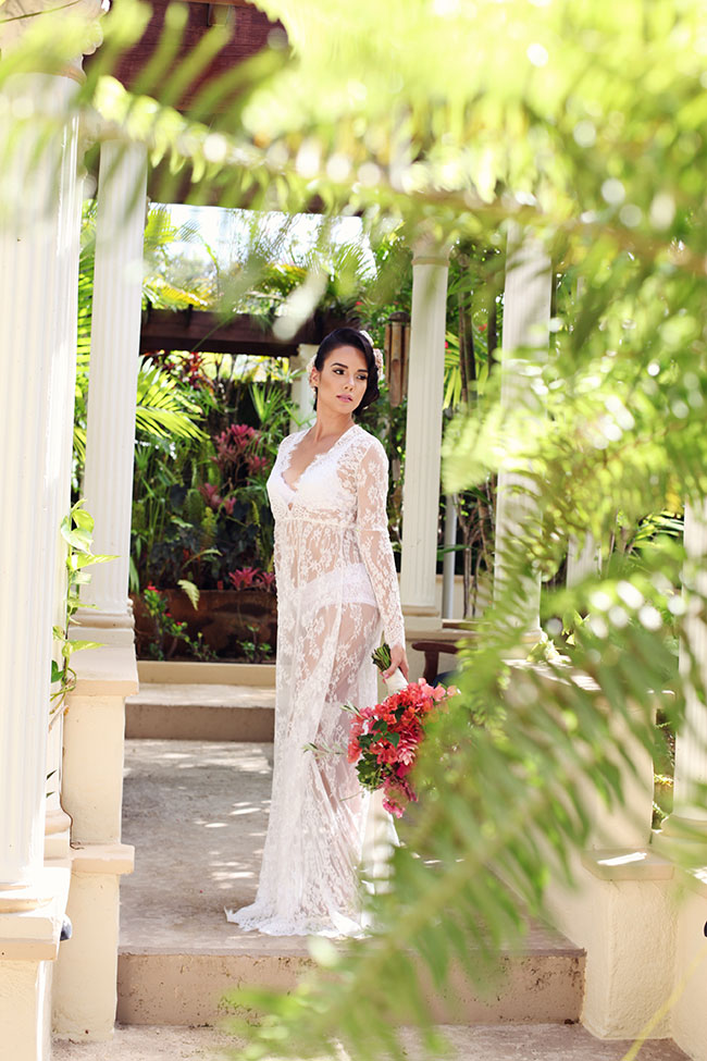 Puerto Rico Getaway At Blue Boy Inn Featuring The Perfect Tropical Boudoir Session | Photograph by Vanessa Vargas Photography  See The Full Story At https://storyboardwedding.com/puerto-rico-blue-boy-inn-tropical-boudoir/