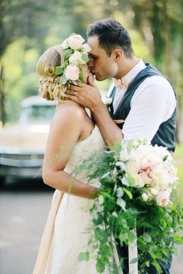 Virginia_Vintage_Estate_Wedding_Ali_Mclaughlin_photography_41-v