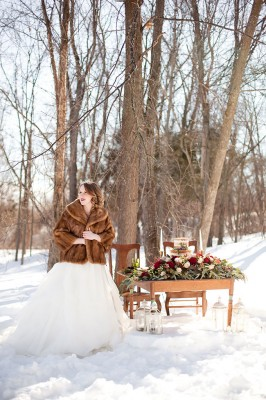 Outdoor_Rustic_Chic_Winter_Wedding_Spencer_Studios_15-v