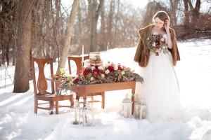 Outdoor_Rustic_Chic_Winter_Wedding_Spencer_Studios_19-h