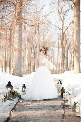 Outdoor_Rustic_Chic_Winter_Wedding_Spencer_Studios_21-v