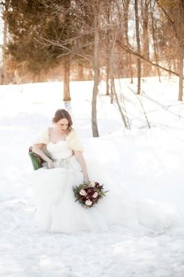 Outdoor_Rustic_Chic_Winter_Wedding_Spencer_Studios_28-lv
