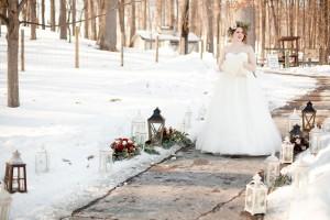 Outdoor_Rustic_Chic_Winter_Wedding_Spencer_Studios_3-h