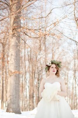 Outdoor_Rustic_Chic_Winter_Wedding_Spencer_Studios_8-v