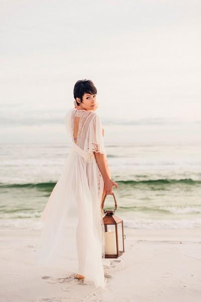 Romantic_Beach_Boudoir_Remnant _Boudoir_17-v
