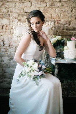 Classic_Vintage_Late_Winter_Wedding_Ali_McLaughlin_Photography_25-v