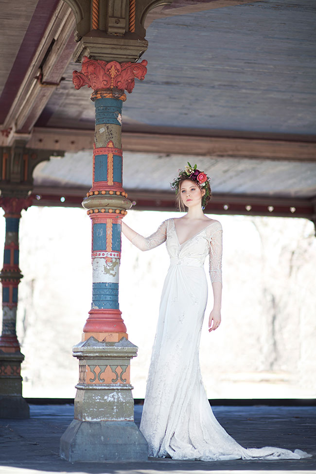 Gorgeously Moody Bridal Style Inspired By