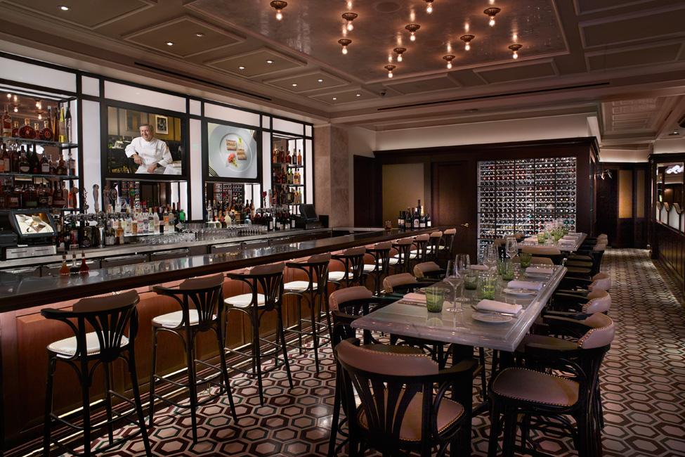 Daniel-Boulud's-DB-Brasserie-Venetian-Bar