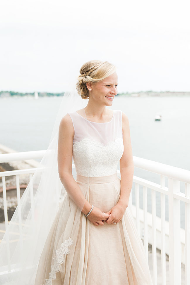 Seaside Eisenhower House Newport Wedding In Rhode Island | Photograph by Eileen Meny Photography  See the full story at https://storyboardwedding.com/seaside-eisenhower-house-newport-wedding/