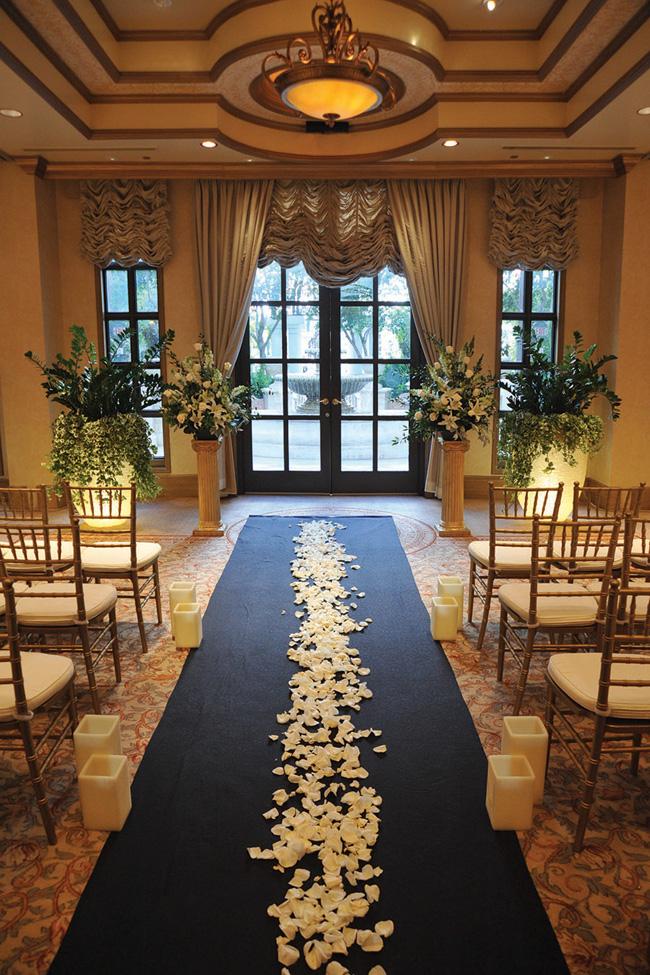 The Beauty Of Las Vegas Weddings At Venetian Palazzo