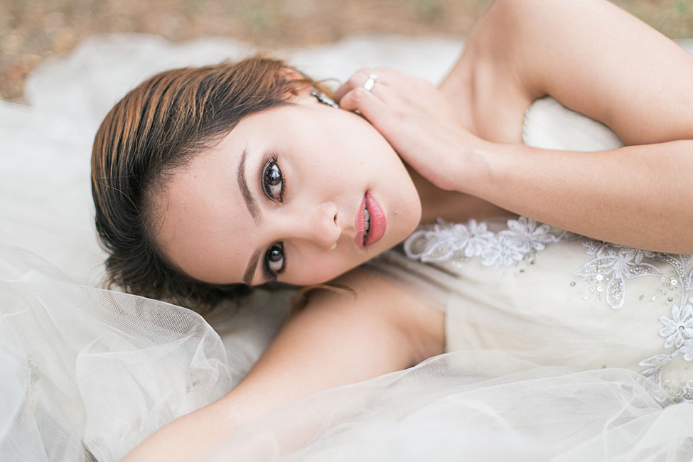 4 Dreamy Romantic Glam Bridal Style Looks For Summer   Photograph by Capturing Smiles Photography