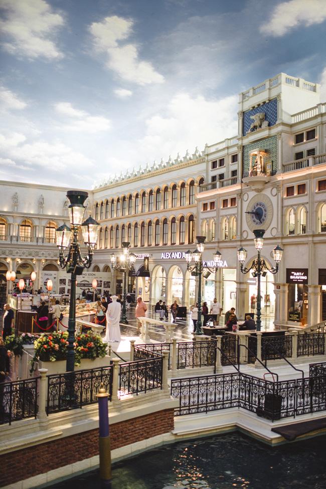 Shops-At-The-Palazzo-Venetian