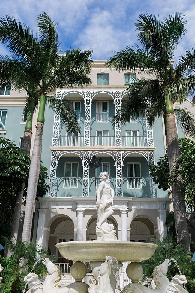 Sandals-Royal-Bahamian-Entrance-(16)