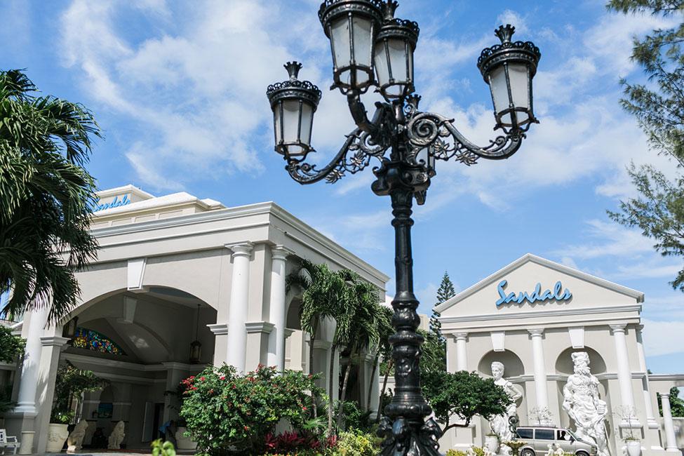 Sandals-Royal-Bahamian-Entrance-(17)
