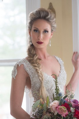 Classic_Glam_Vintage_Bridals_Audrey_Goforth_Photography_13-rv