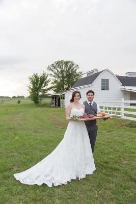 Grand_Texana_Dairy_Barn_Wedding_Photography_by_Niki_33-lv