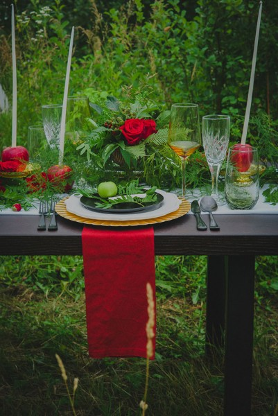 vibrant_moody_apple_orchard_wedding_trahms_photography_19-v