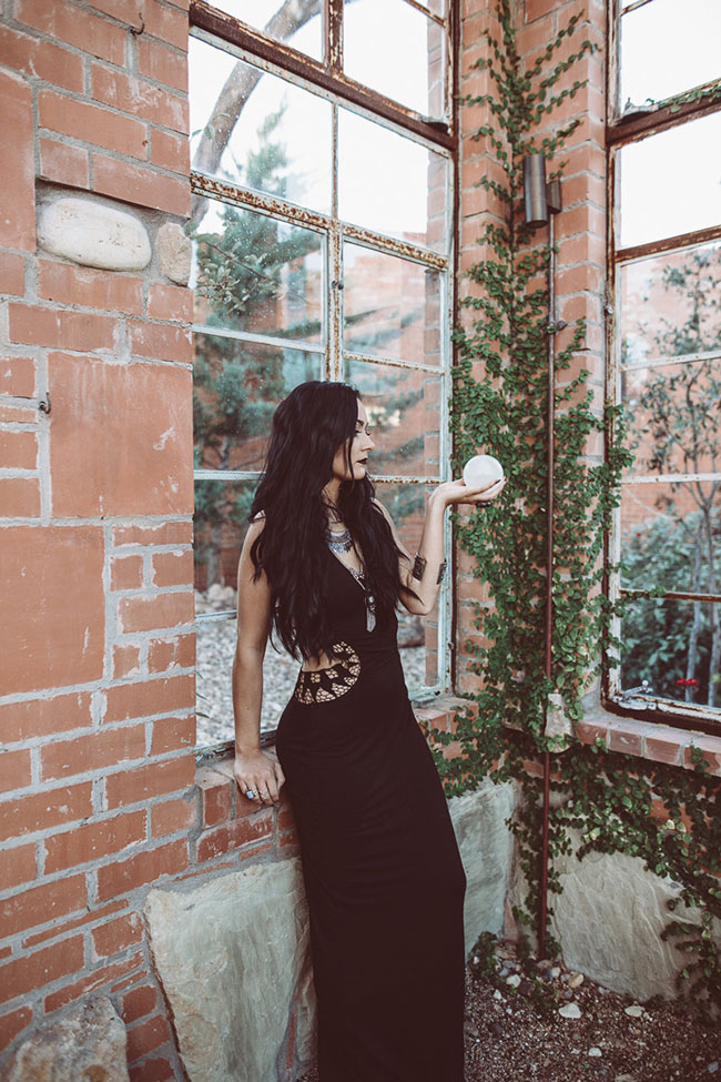 Coven Inspired Moody Wedding Inspiration Perfection   Photograph by Laura Beck Photography