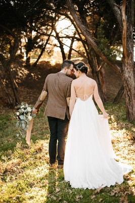 elegant_kinfolk_wedding_rachel_meagan_photography_19-lv