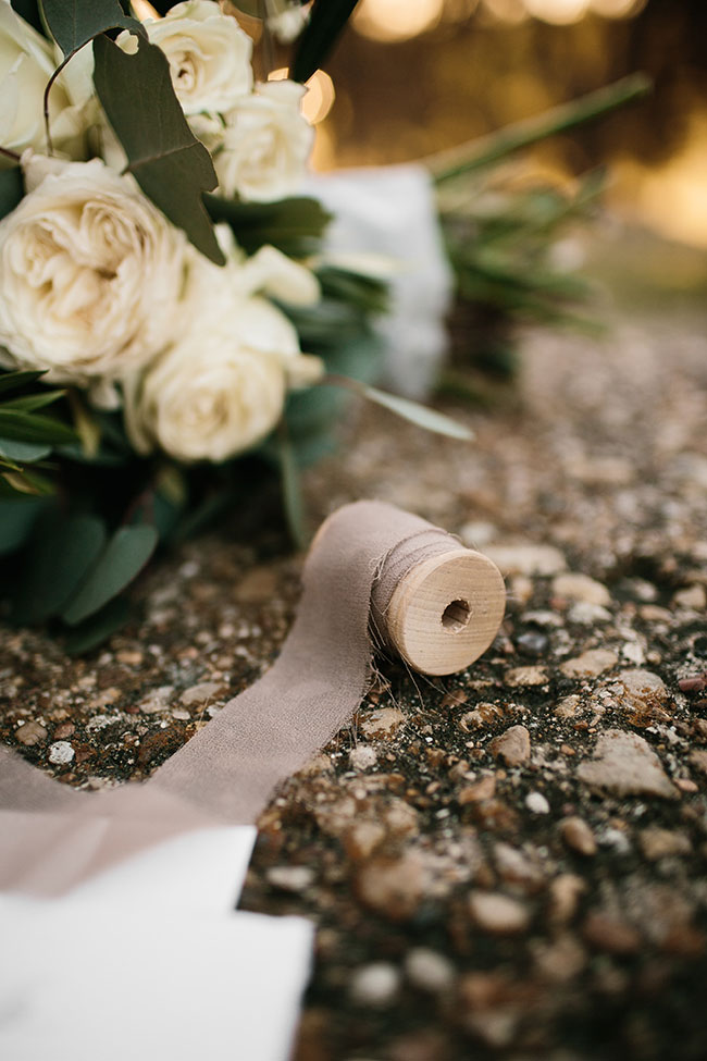 Rustic Elegant Kinfolk Wedding Among The Trees | Photograph by Rachel Meagan Photography  See The Full Story at https://storyboardwedding.com/rustic-elegant-kinfolk-wedding/