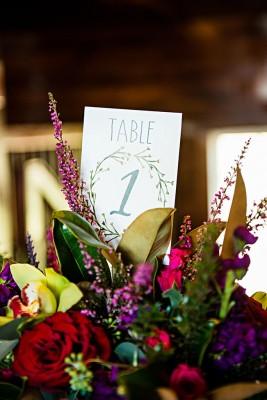 rustic_country_chic_fall_wedding_photo_la_vie_17-v