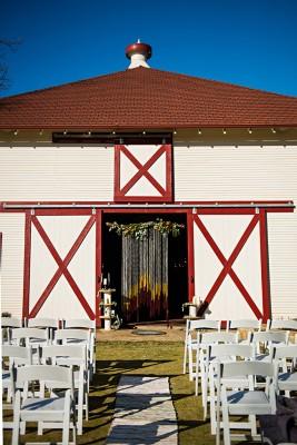rustic_country_chic_fall_wedding_photo_la_vie_25-v