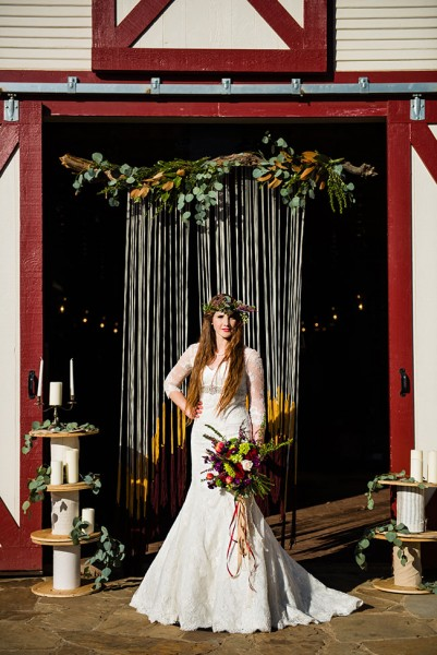 rustic_country_chic_fall_wedding_photo_la_vie_27-v