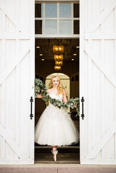 prima_ballerina_wedding_photo_la_vie_37-v