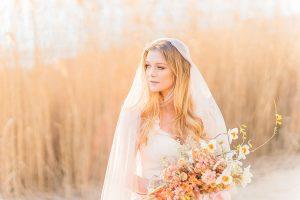 Organic_Fall_Bohemian_Bride_Manda_Weaver_Photography_13-h