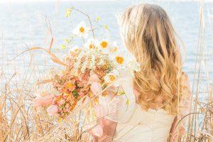 Organic_Fall_Bohemian_Bride_Manda_Weaver_Photography_14-h