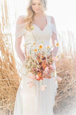 Organic_Fall_Bohemian_Bride_Manda_Weaver_Photography_15-v