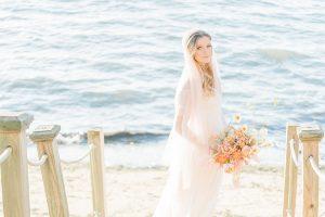 Organic_Fall_Bohemian_Bride_Manda_Weaver_Photography_18-h