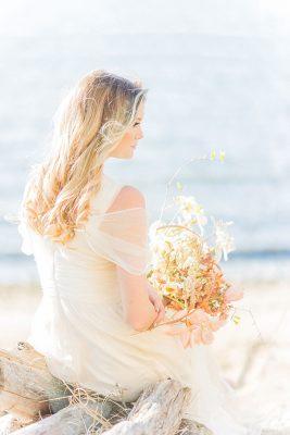 Organic_Fall_Bohemian_Bride_Manda_Weaver_Photography_3-lv